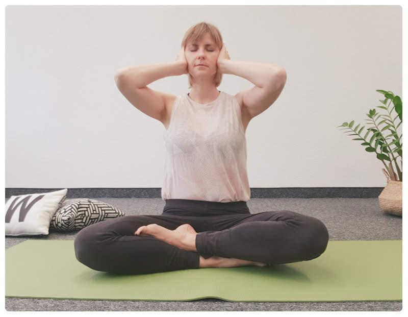 yogamaya-atemübung-yoga-brahmari-schwanger-werden