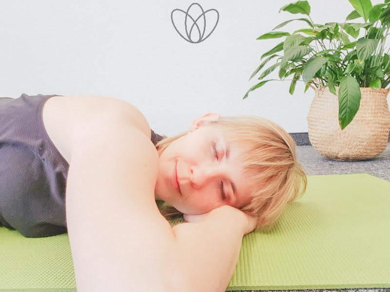 yogamaya-shavasana-fuer-schwangere