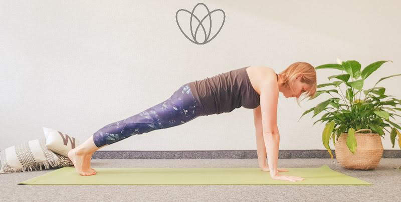 yogamaya yoga flacher Bauch brett