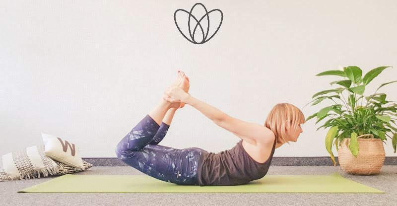 yogamaya yoga flacher Bauch Bogen