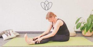 5 Yogaübungen für mehr Geduld im Alltag