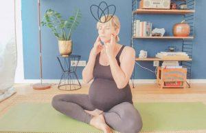 Beckenboden entspannen über deinen Kiefer? Ja – mit 3 Übungen